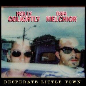 Foto von Desperate Little Town