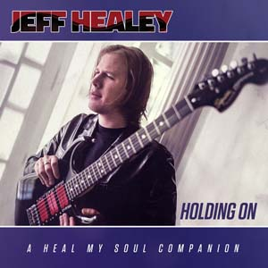 Foto von Holding On (A Heal My Soul Companion)