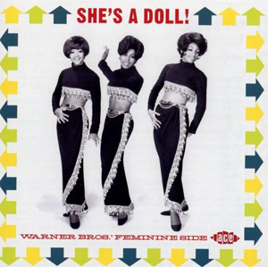 Foto von She's A Doll! Warner Bros.' Feminine Side