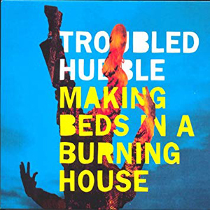Foto von Making Beds In A Burning House